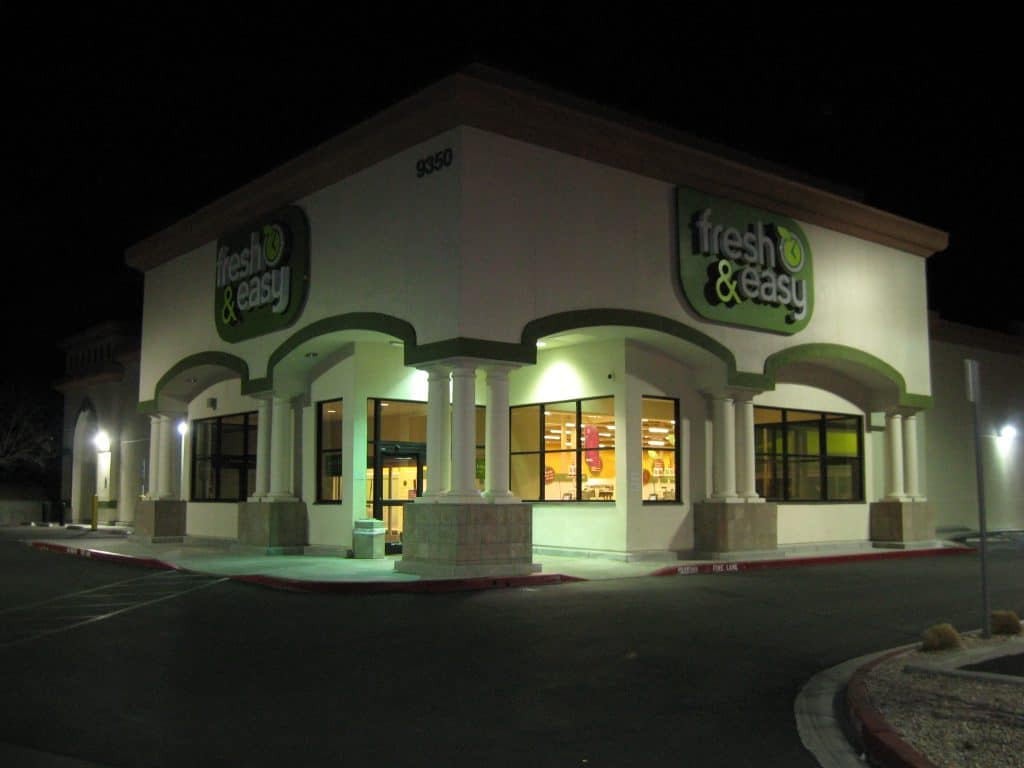 A Fresh & Easy store at night