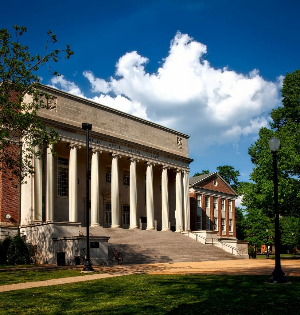 Building with tall columns at University of Alabama Tuscaloosa