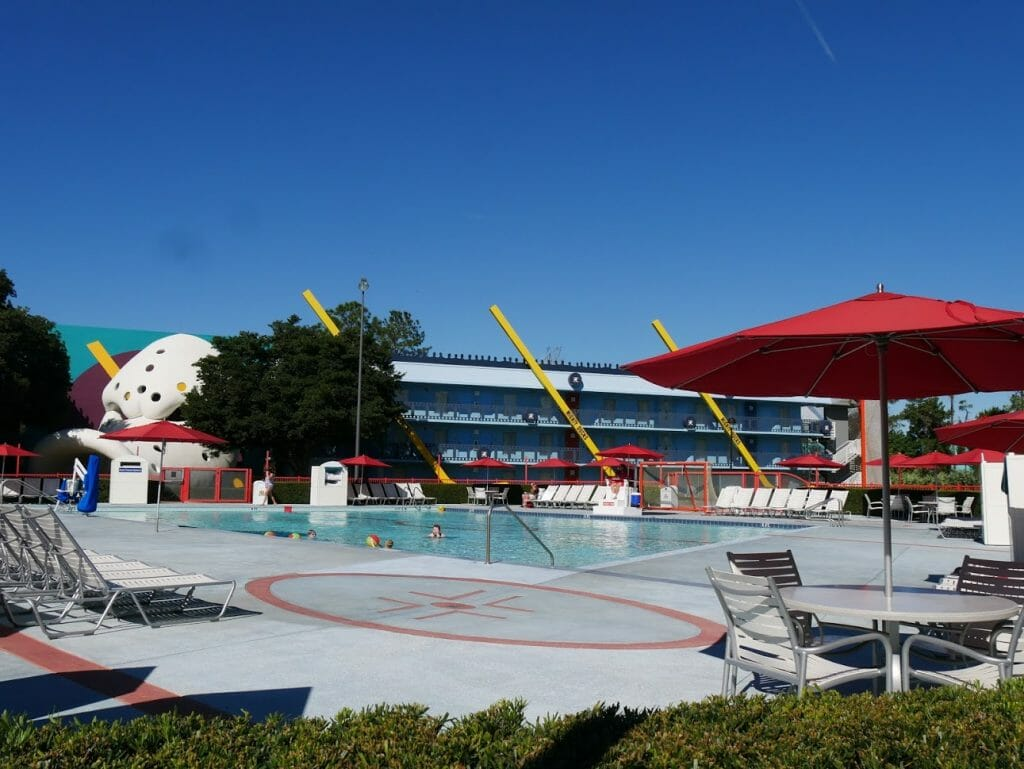 Disney All-Star Movies pool review Mighty Ducks pool