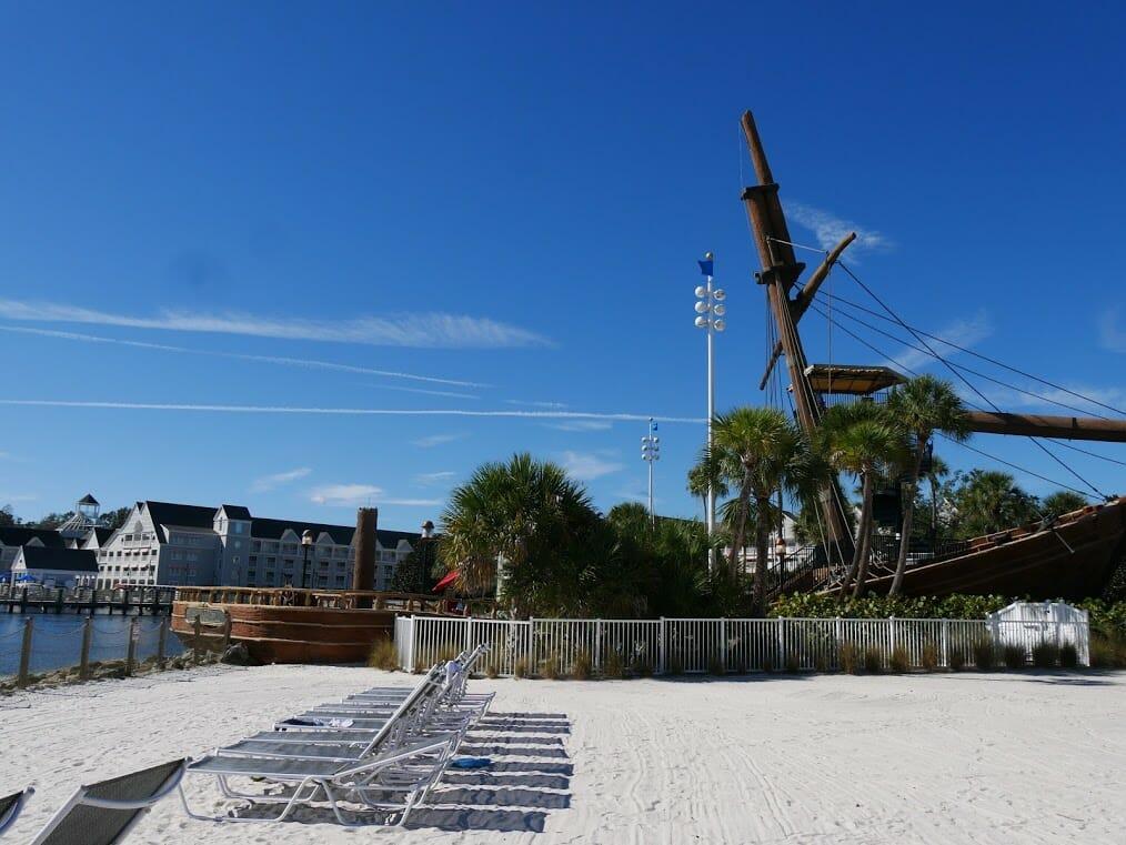 disney-beach-club