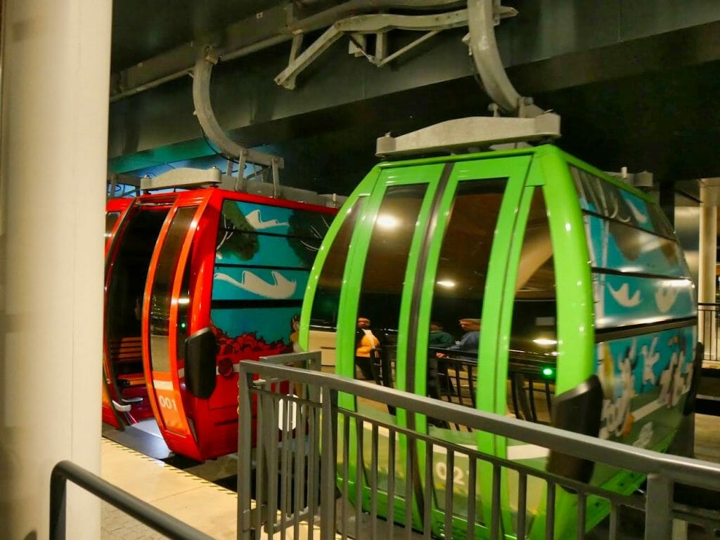 A green and red bubble on the Disney Skyliner