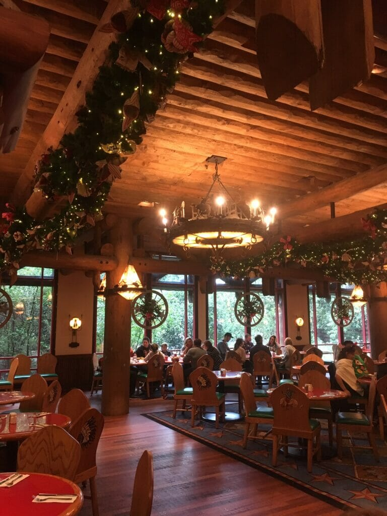 interior whispering canyon cafe