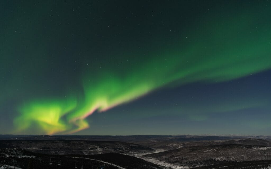 northern lights above fairbanks alaska